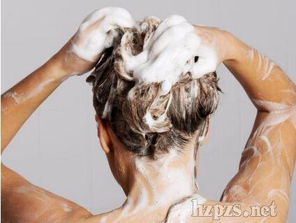 洗头洗了那么多年都是错误的方法?