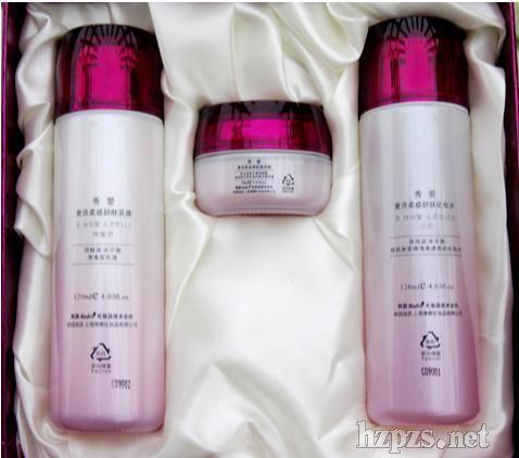 韩国维娜化妆品秀爱保湿系列的化妆品招商图片 高清图片